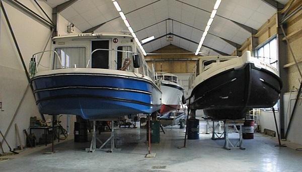L 39 atelier de r paration de bateaux scite plaisance for Amenagement interieur bateau